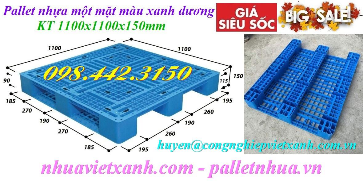 Pallet nhựa 1100x1100x150mm 3 đường thẳng màu xanh