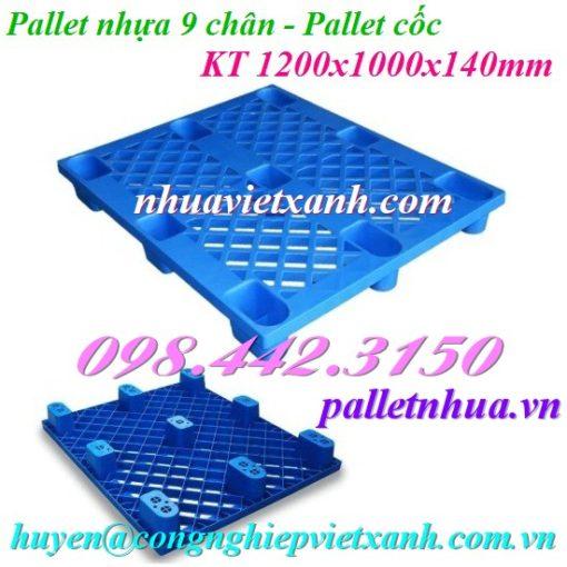 Pallet nhựa 9 chân màu xanh
