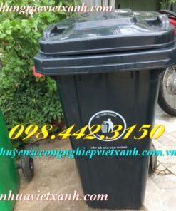 Thùng rác 120 lít màu đen