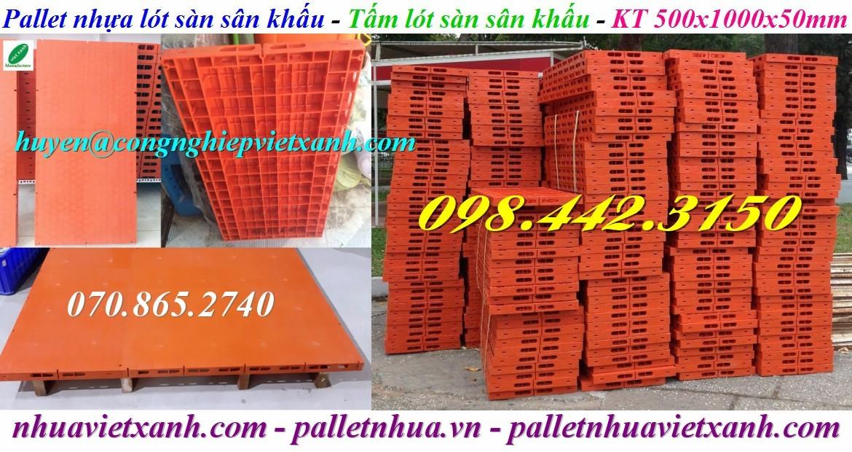 Pallet nhựa lót sàn sân khấu 500x1000x50mm